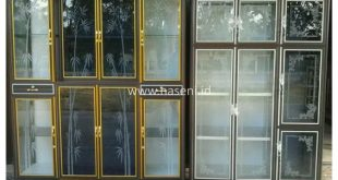 Lemari Piring kaca 3 Pintu | Banda Aceh
