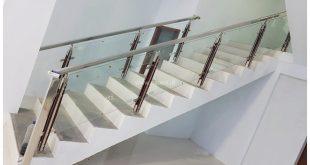 reling tangga kaca